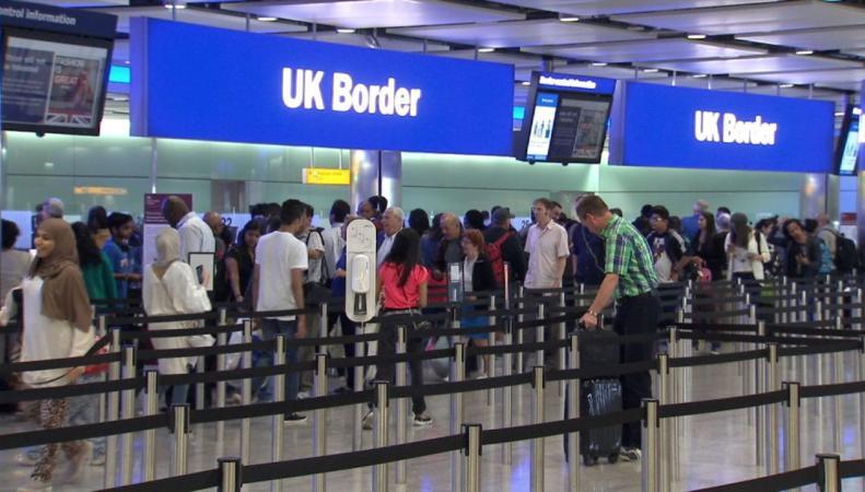 Въезд в Великобританию для граждан ЕС может стать платным