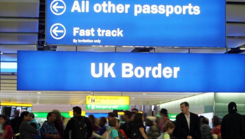 Британские аэропорты оштрафуют за нарушения безопасности в зоне погранконтроля