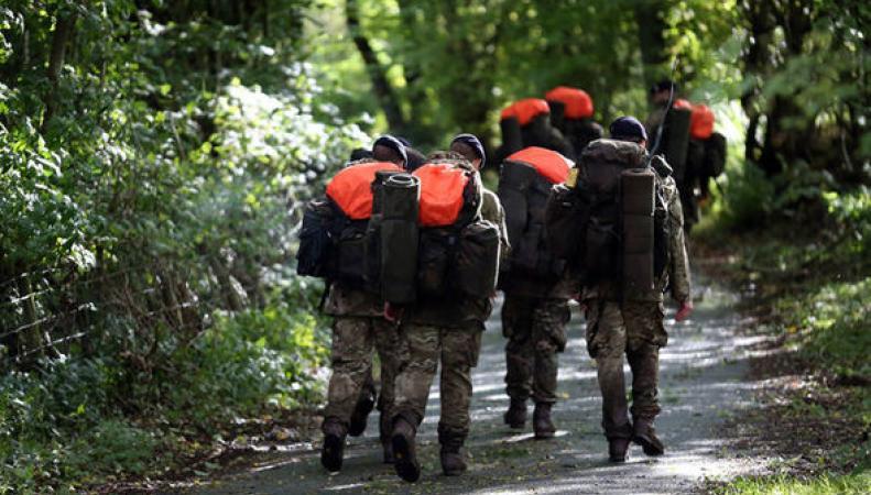 Британский солдат погиб из-за жары во время тренировки отряда пехотинцев фото:express.co.uk