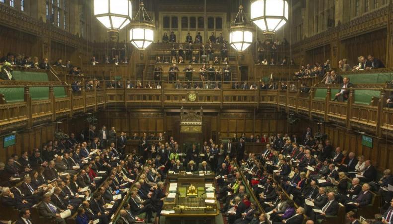 Крах надежд Корбина:  Парламент одобрил план работы правительства на два года фото:standard.co.uk