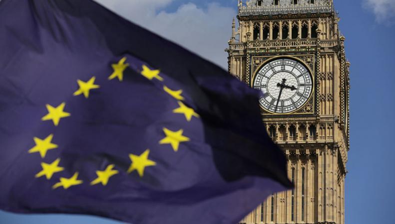 После Brexit британцы смогут купить привилегии граждан ЕС фото:skynews