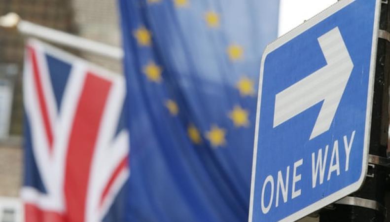 Евросоюз предъявил Лондону ультиматум по условиям развода фото:theguardian