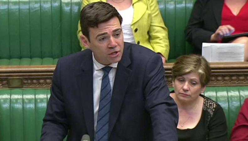 Палата общин высказалась по вопросу о праве мигрантов из ЕС остаться в UK после Brexit фото:bbc.com