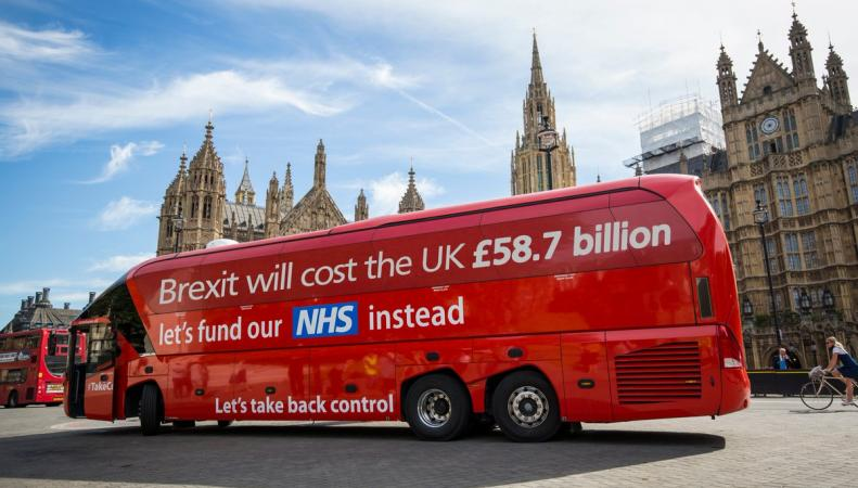 Новый девиз Brexit: Брекзит значит Долги фото:twitter