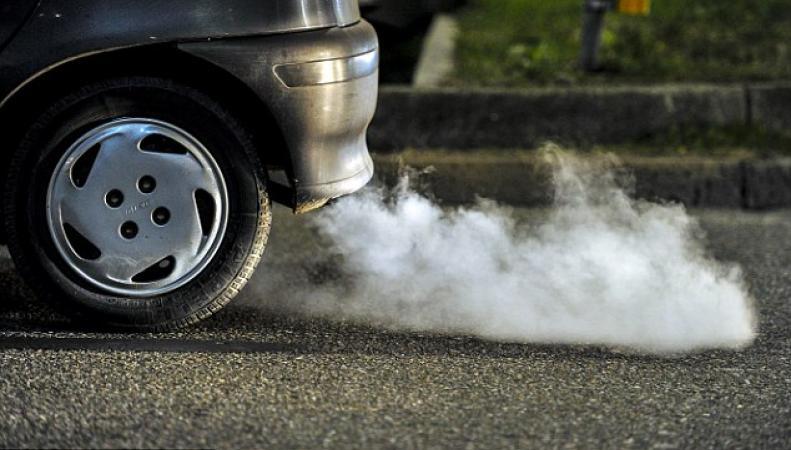 Личным автомобилям запретят останавливаться у лондонских школ фото:dailymail