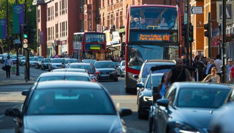 В Великобритании рекордно подорожали автомобильные страховки