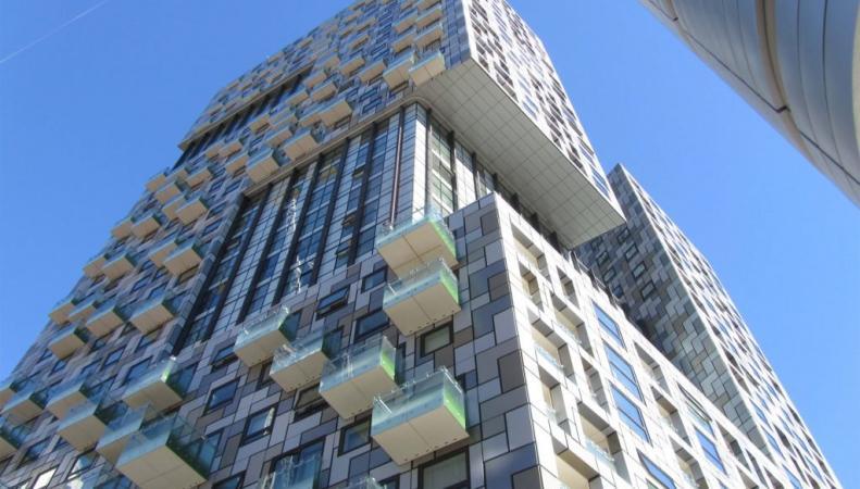 Ежегодный конкурс определил самое уродливое здание в Великобритании фото:dezeen.com