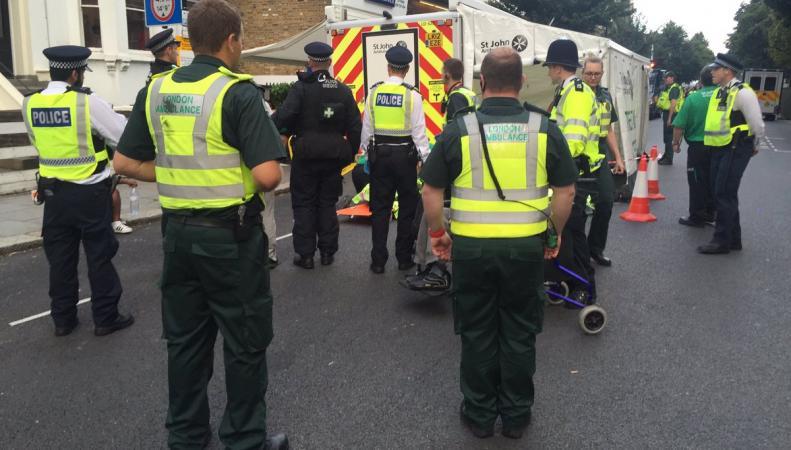 Поножовщина на карнавале в Ноттинг-Хилл – четверо в больнице фото:twitter.com