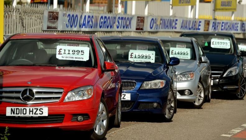 Министр транспорта предостерег британцев от приобретения дизельных автомобилей фото:itv
