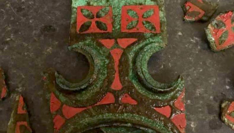 Охотник за металлами случайно нашел древнюю кельтскую повозку