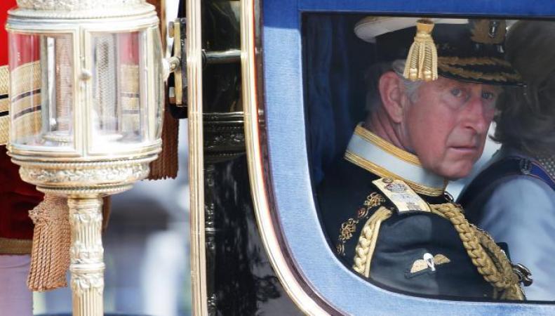 Принц Чарльз намерен понизить статус Букингемского дворца фото:thetimes