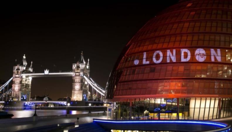 Избирком определил время объявления итогов голосования на выборах мэра Лондона фото:london24