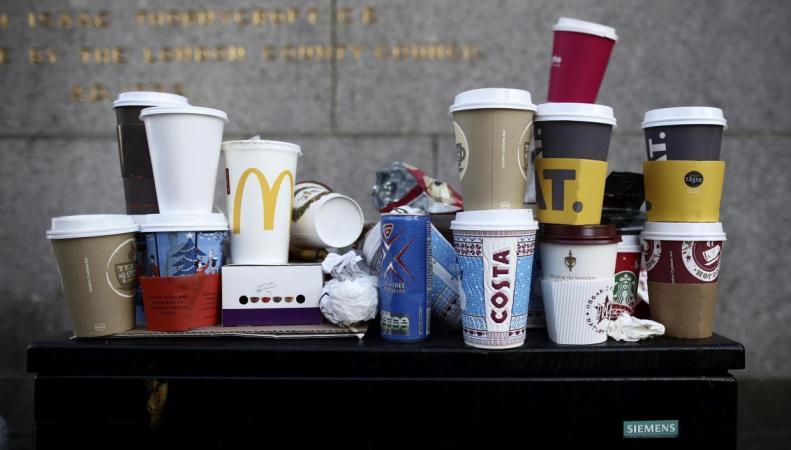 НаБританских островах  хотят обложить налогом кофе в разовых  стаканчиках