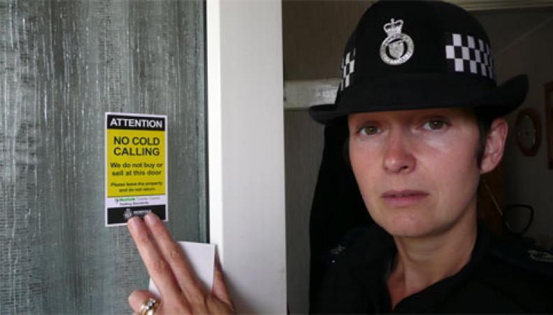 В Британии названа сумма штрафов за рекламу с анонимных телефонных номеров фото:norfolk.police.uk