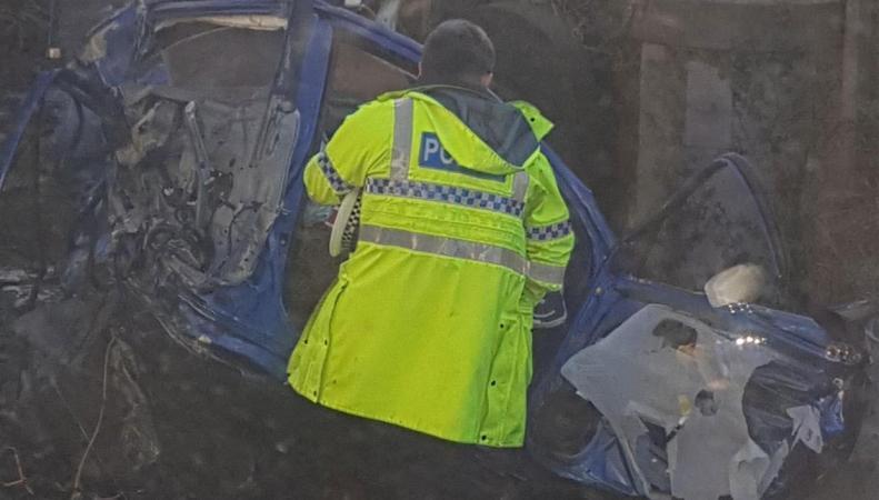 Авария на железнодорожном переезде в Вест-Сассексе: двое погибших