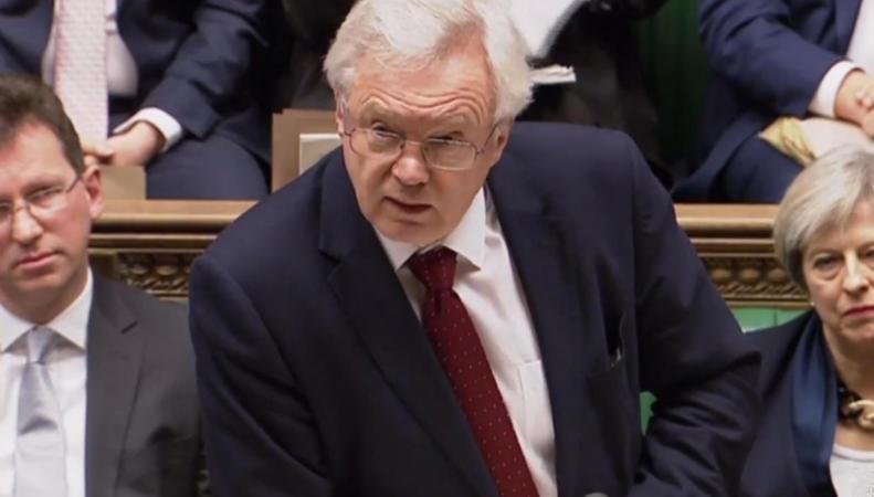 Великобритания может выйти из ЕС без договора о торговле, - Дэвид Дэвис фото:standard.co.uk