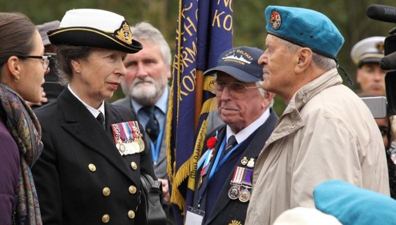 Принцесса Анна и ветераны Второй мировой войны