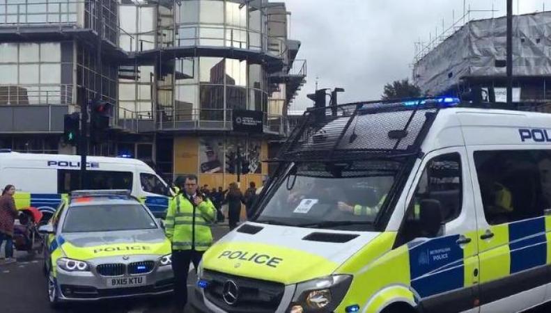 Скотланд-Ярд арестовал подозреваемого в закладке взрывчатки в поезд метро фото:bt.com