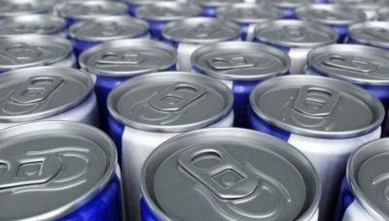 Британские учителя требуют запрета энергетических напитков