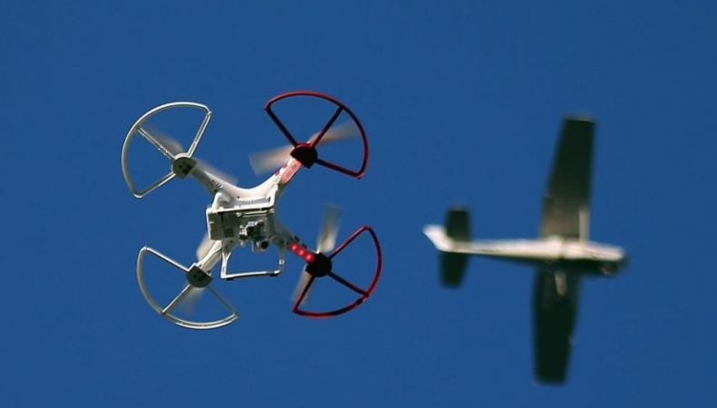 В Великобритании введут обязательную регистрацию дронов фото:bbc