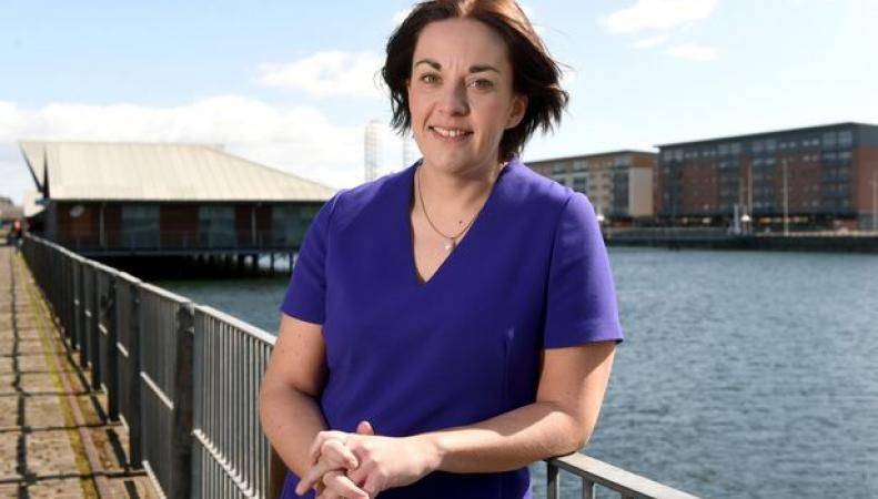 Лидер шотландских лейбористов отказалась поддержать Джереми Корбина фото:dailyrecord.co.uk