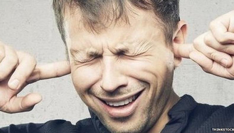 Жителя Лондона оштрафовали за громкое прослушивание музыкальной композиции фото:bbc.com