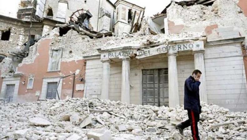 Жертвами землетрясения в Италии стали трое британцев фото:twitter.com