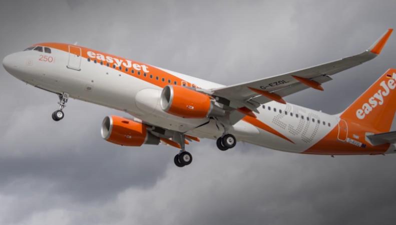 Пилоты easyJet проголосовали за проведение забастовки фото:ibtimes.co.uk