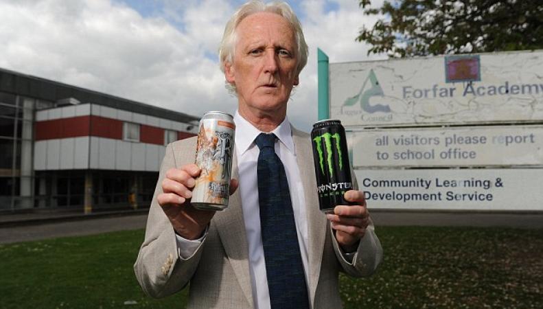Школа в Шотландии выступила с инициативой запрета безалкогольных «энергетиков» фото:dailymail.co.uk