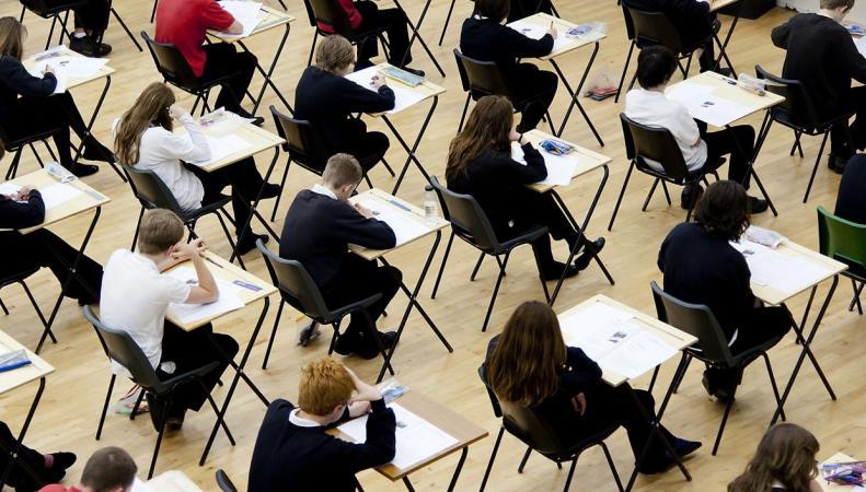 Тест на знание таблицы умножения станет обязательным в средних школах Великобритании фото:independent