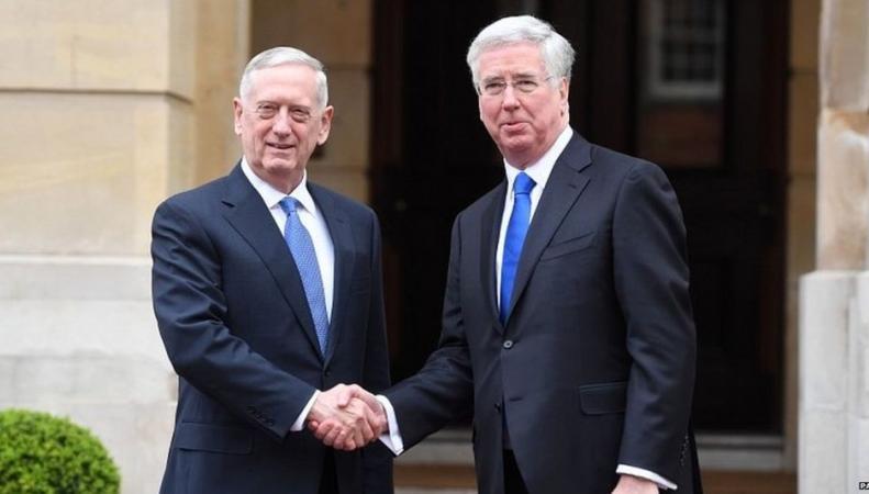 Министры обороны Великобритании и США обсудили расходы на НАТО фото:bbc.com
