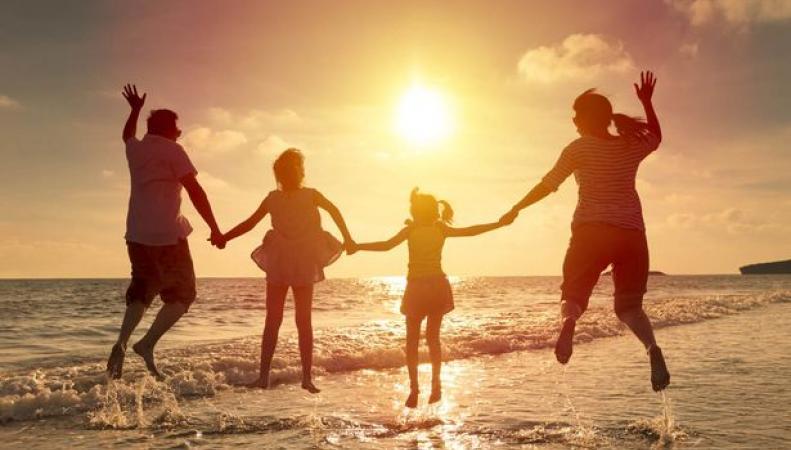 В Великобритании могут быть сокращены летние школьные каникулы фото:mirror.co.uk