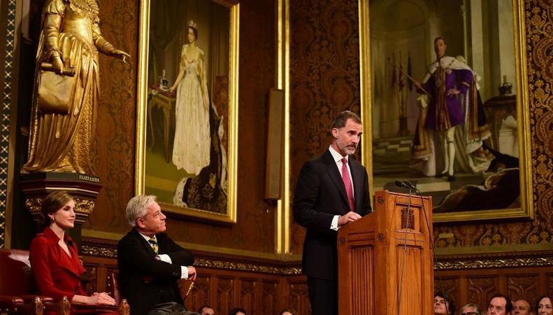 Испанский король поднял вопрос о спорных территориях во время визита в Лондон фото:dailymail