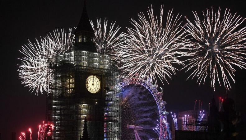Лондонцы встретили Новый год грандиозным фейерверком