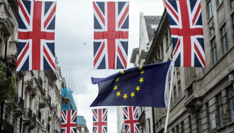 «Жесткий Brexit» подтолкнет розничные цены вверх фото:standard.co.uk