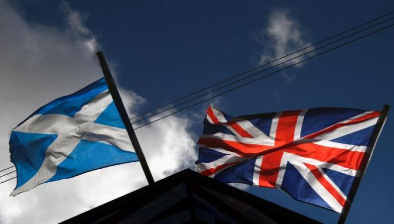 Шотландцы снимут флаги Великобритании с правительственных зданий