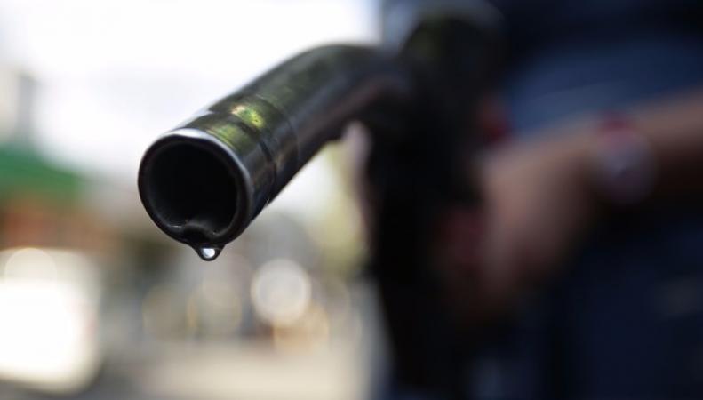 Цены на автомобильное топливо в Великобритании обновили двухлетний максимум фото:itv.com