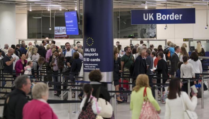 Аэропорт Гатвик ожидает рекордного наплыва пассажиров фото:standard.co.uk
