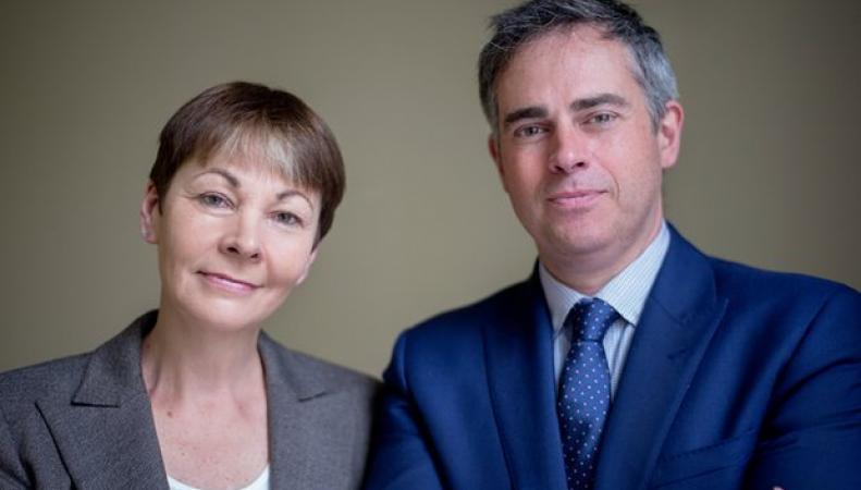 Партия зеленых получила двух новых лидеров вместо одного фото:theguardian.com