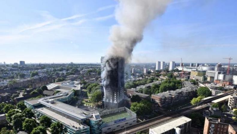 Подробности пожара в Grenfell Tower: Жильцы предсказывали трагедию фото:bbc