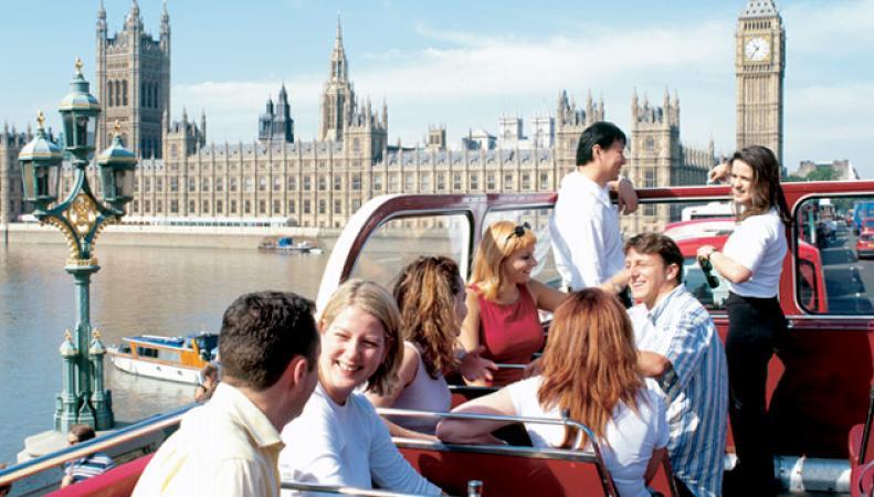 Лондон принял рекордное число туристов на фоне ослабления национальной валюты фото:visitlondon