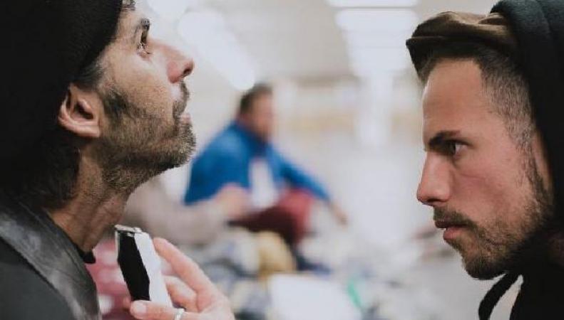 Парикмахер для бездомных в Лондоне: #СделайЧтоТоПростоТакфото:bbc.com