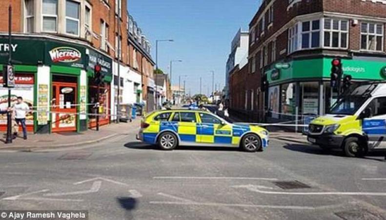 На северо-западе Лондона двое подростков получили огнестрельные ранения