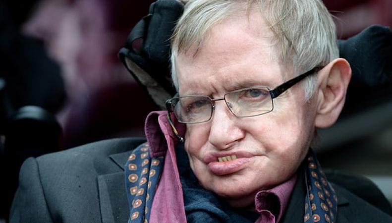 Стивен Хокинг обвинил консерваторов в развале NHS фото:theguardian