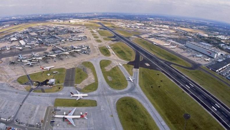 Итоги референдума похоронили надежду на  расширение аэропорта Хитроу фото:bbc.com