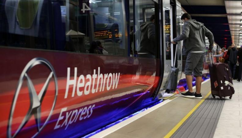 Британские железнодорожники запланировали на Рождество ремонтные работы и забастовку фото:bbc.com