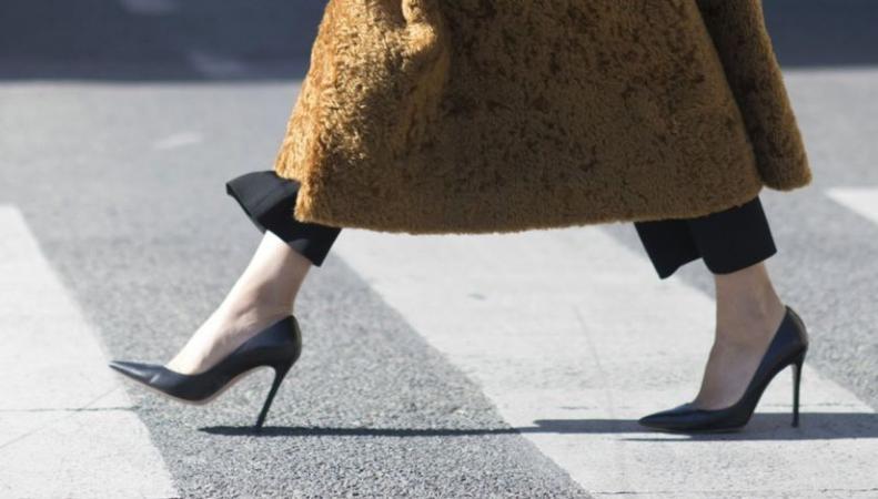В Великобритании будет запрещен «сексистский» подход к дресс-коду в бизнесе фото:bbc