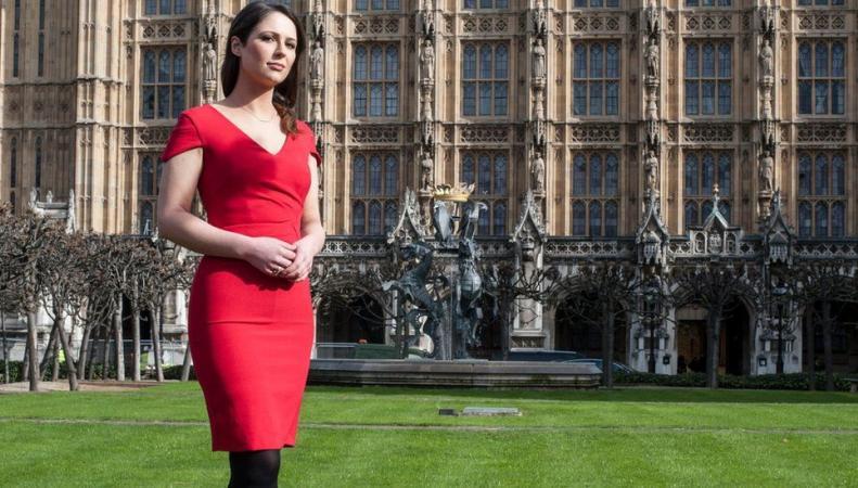 Петиция о высоких каблуках отклонена британским правительством фото:bbc