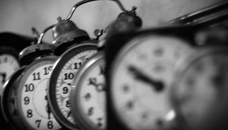 старые будильники