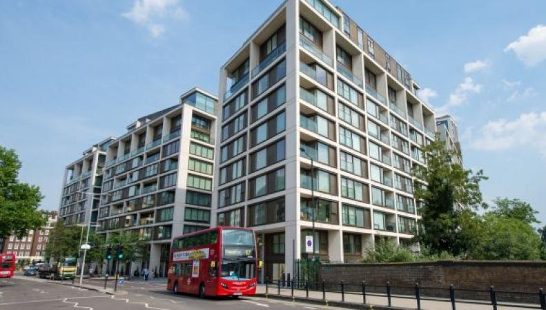 Лондонским погорельцам власти приобрели квартиры вэлитных домах